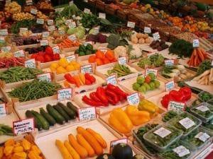 Frische, gute Lebensmittel auf dem Markt