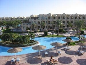 Eine klassiche Hotel-Urlaubsanlage in Ägypten