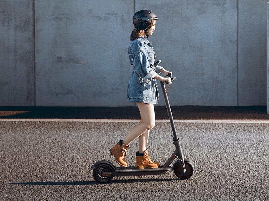 die besten 10 e scooter mit zulassung in deutschland. Black Bedroom Furniture Sets. Home Design Ideas